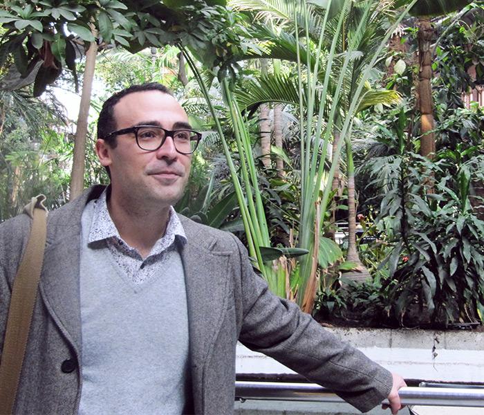 Cesar García Gascón tras finalizar la entrebista con nosotros en Atocha, Madrid.