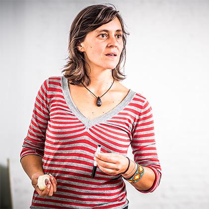 Clase en La Nave Nodriza con Isabel Inés
