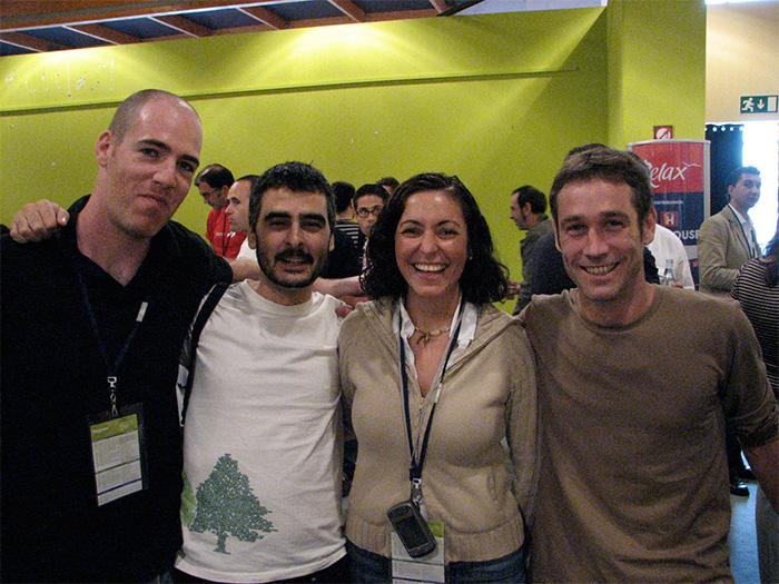 En Fundamentos web. Con: De izq a derecha, Lander Muruaga, Ricardo Valiente, Karina Ibarra, Ignacio Zorraquín