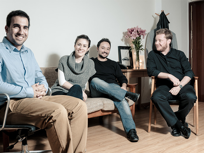 Javier Cañada en una foto de familia de Vostok Studio (2013)